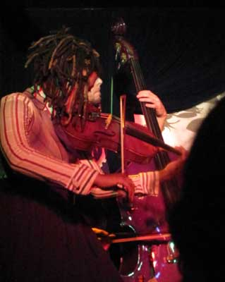 Humanwine_church07