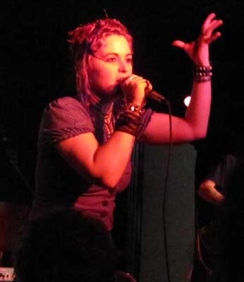Humanwine_church15