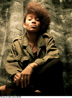 Nneka, photo by Jens Boldt