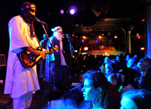 Tinariwen at the Paradise (photo by Gerhard Eichler)
