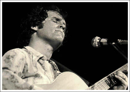 Tim Hardin performing at Woodstock in 1969